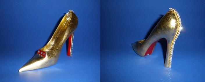 ©Heidi Loewen Gold Shoes